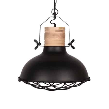 Hanglamp Grid van LABEL51, uitgevoerd in de kleur zwart, is een robuuste lamp met stoere accenten. De metalen korf en grove bouten zorgen voor een industrieel karakter.