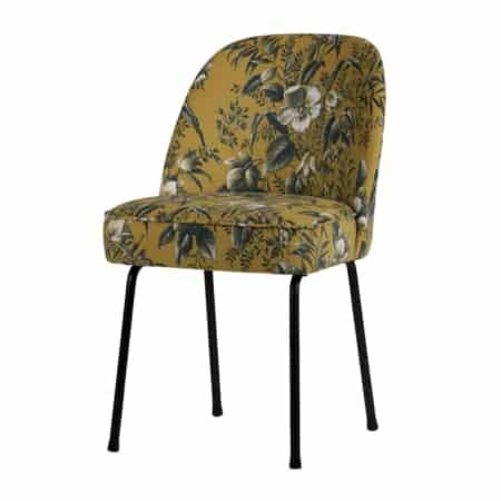 Deze Vogue eetkamerstoel is nieuw in de collectie van het merk BePureHome. De eetkamerstoel zit super comfortabel en de zachte stof en vriendelijke ronde vormen maken deze chique eetkamerstoel tot een sieraad voor het interieur van nu.