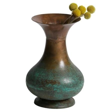 De Grail vaas is uniek en echt anders dan andere traditionele vazen!