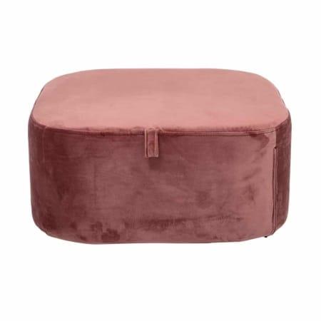Deze leuke poef van het Scandinavische merk Bloomingville is gemaakt van een mooie velvet stof in een roze kleur. Handig, de hoes is wasbaar op 30 graden.