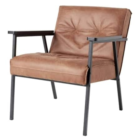 De trendy en stoere WOOOD fauteuil Lennon is een blikvanger in elke ruimte.