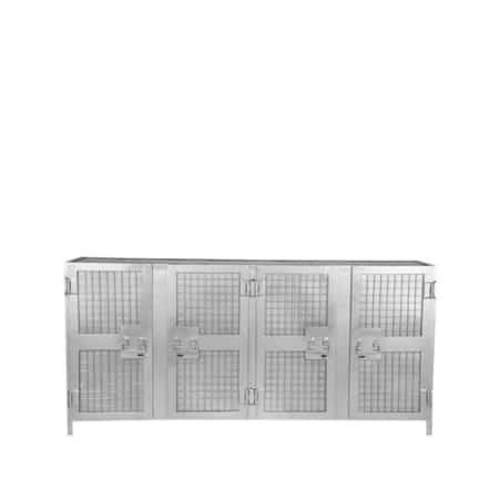 Dressoir Gate van LABEL51 is een ontzettend industrieel en robuust meubel gemaakt van puur en onbewerkt metaal, uitgevoerd in de kleur vintage.