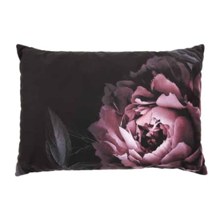 Kussen Flower is van het Nederlandse merk BePureHome.