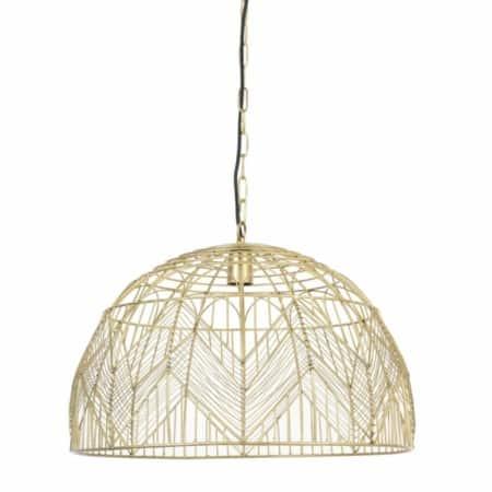 De leuke gouden hanglamp van de ZES10 Collectie heeft een mooi licht effect