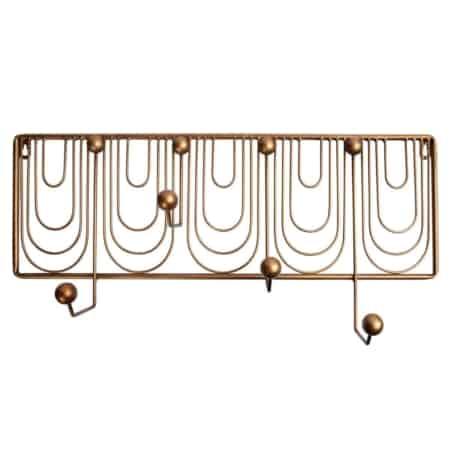 Ornamental is een sierlijke kapstok uit de collectie van het Nederlandse merk BePureHome