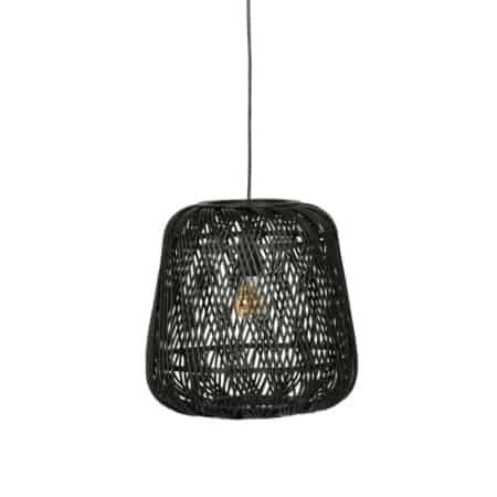 Deze gevlochten hanglamp Moza komt uit de collectie van het Nederlandse WOOOD Exclusive