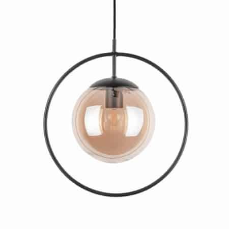 Deze hanglamp van Present Time zal zeker als een diamant aan jouw plafond hangen.