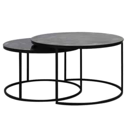 Hier de salontafel S/2 Ø66x40+Ø76x45 cm TABUN glas antiek-mat zwart.
