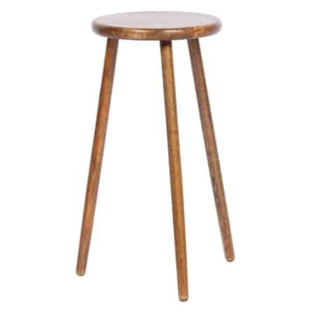 Malon is een simplistische plantentafel met warme uitstraling uit de collectie van het Nederlandse merk WOOOD Exclusive.