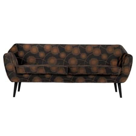 De WOOOD sofa Rocco is een prachtige 2-zits bank met zwart gelakte poten. De sofa is gestoffeerd met een 100% polyester velvetstof met een mooie bloemenprint. Het is een bank met comfortabele zit waarvan de zit- en de rugkussens vast gestoffeerd zijn.