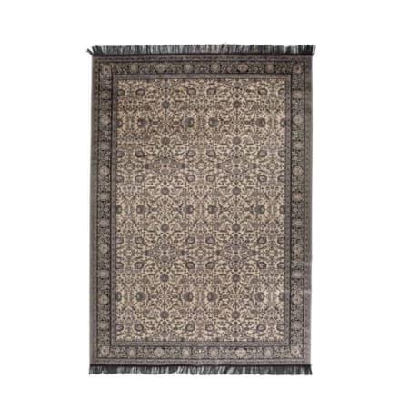 Het Bo vloerkleed is een mooi vloerkleed grijze details.