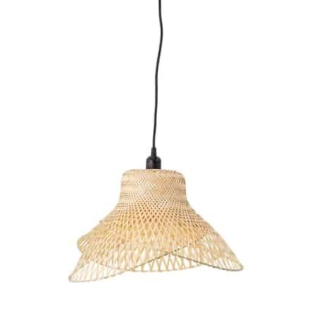 Deze super sfeervolle Bamboe hanglamp is van Bloomingville.