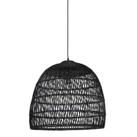 Deze zwart hanglamp Evelie past in ieder interieur.
