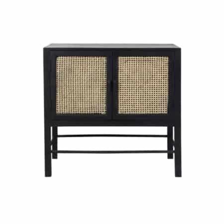 Deze stoere opbergkast Nipas uit de ZES10 Collectie staat perfect in een Scandinavisch interieur.