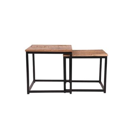 Salontafelset Twain van LABEL51 bestaat uit twee vierkante tafels, gemaakt van grof mangohout en solide metaal.