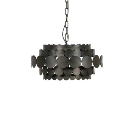 Deze Kaki hanglamp komt uit de collectie van het Nederlandse merk WOOOD Exclusive en heeft een extravagant,