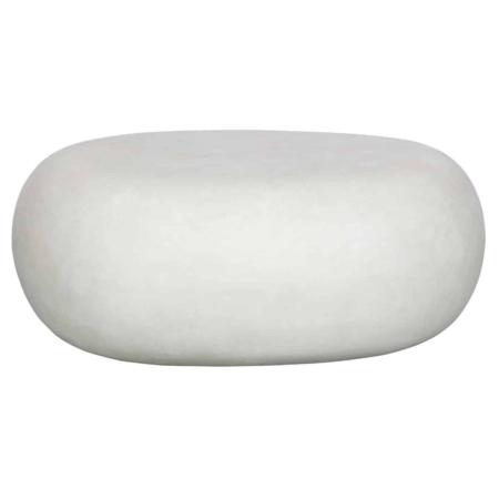 Bijzettafel Pebble is een eigen ontwerp uit de collectie van het Nederlandse merk vtwonen.