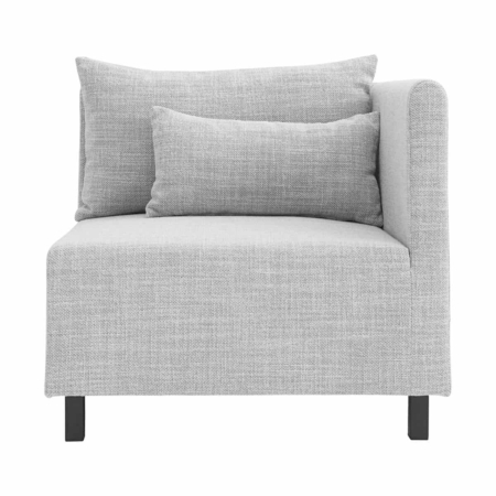 Is er iets beters dan een zachte en comfortabele bank? Wij denken van niet. Dit prachtige hoek element kan worden gecombineerd met de andere elementen banken van House Doctor, maar kan ook los worden gebruikt als decoratief meubel. Het komt in een mooie lichtgrijze stof kleur.