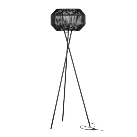 Modern en stoer, dat is deze Griffin vloerlamp uit de collectie van het Nederlandse merk WOOOD Exclusive.