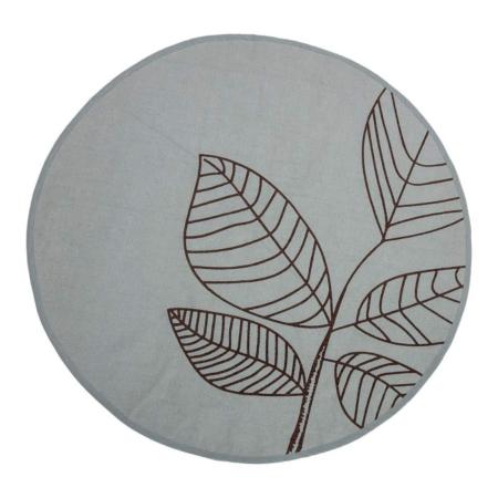 Dit ronde vloerkleed van Bloomingville is gemaakt van katoen en heeft een mooie groene kleur! Dit kleed brengt meteen sfeer in je huis en past in veel verschillende interieurstijlen.