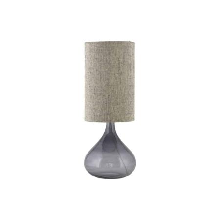 MED is een prachtige glazen lampvoet van House Doctor. De rokerige grijze kleur zorgt voor een lichte en stijlvolle uitstraling. Met zijn mooie, organische vorm geeft hij veel karakter aan uw huis. Gebruik de lamp in uw woonkamer, slaapkamer of op de gang om een gezellige en gastvrije sfeer te creëren. Opmerking: De lamp en lampenkap zijn niet inbegrepen. Snoerlengte: 2,50 m.