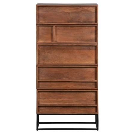 Forrest is een elegante 5-ladenkast uit de collectie van het Nederlandse merk WOOOD Exclusive.