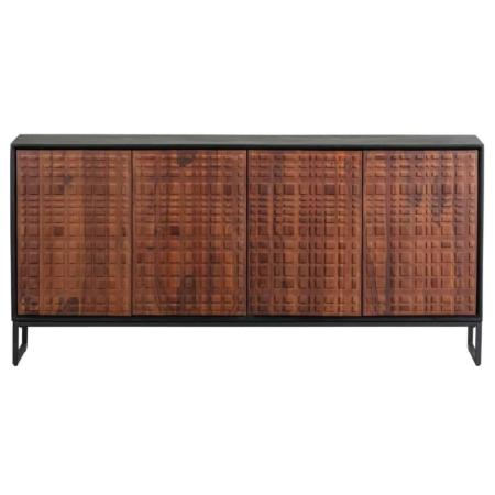 Nuts is een strak dressoir met een authentieke uitstraling en komt uit de collectie van het Nederlandse merk BePureHome.
