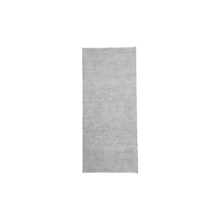 Mara van House Doctor is verkrijgbaar in neutraal grijs en wit, wat ideaal is voor een tijdloos ontwerp