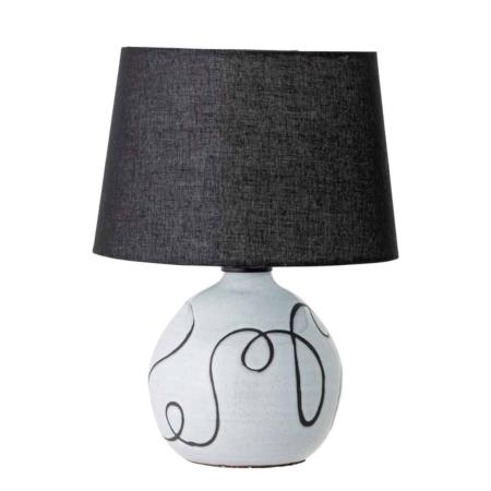 Deze tafellamp van Bloomingville is gemaakt van terracotta.