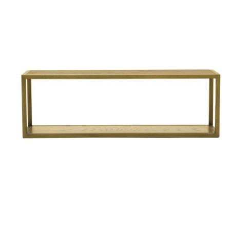 De SMAQQ serie heeft strak, retro en glamour allemaal gemixt. De houten wandplank Mace bevat een metalen frame met een gouden finish. Door het eenvoudige ontwerp komen jouw mooiste accessoires en foto's extra goed uit. De serie Mace heeft een mix van strakke lijnen, glamoureuze goudgele tinten en eigenzinnige patronen.