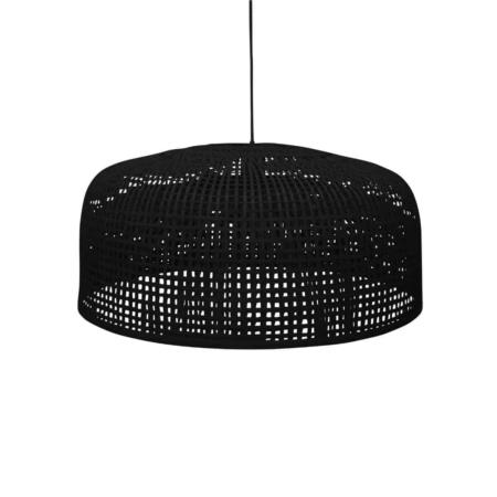 De hanglamp Construct is stoer en maakt een statement, maar door zijn luchtige design en natuurlijke materialen toch niet te overheersend aanwezig. Deze lampenkap komt goed tot zijn recht in meerdere woonstijlen.