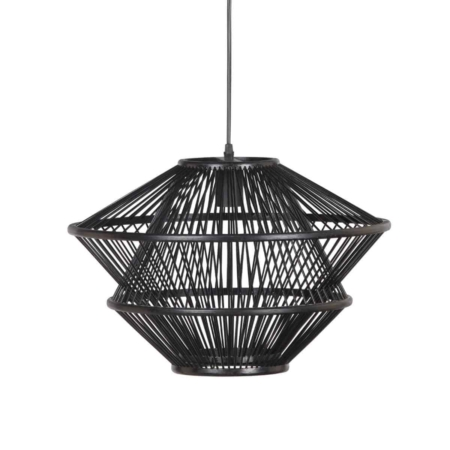 Deze gevlochten hanglamp komt uit de collectie van het Nederlandse merk BePureHome en is vervaardigd uit bamboe met een zwarte afwerking. Door de open structuur van de kap verspreid de lamp een sfeervol licht en past hij in een natuurlijke en moderne interieurstijl. Deze sfeervolle hanglamp is voorzien van 1,5 meter snoer. De fitting is geschikt voor een lichtbron met een E27 fitting, max. 40 Watt. Lichtbron niet bijgeleverd.